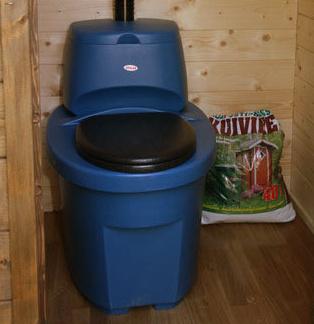 Как сделать туалет на даче своими силами